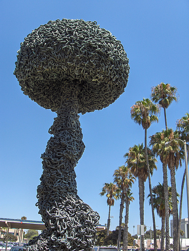 Chain Reaction, a sculpture by Paul Conrad
